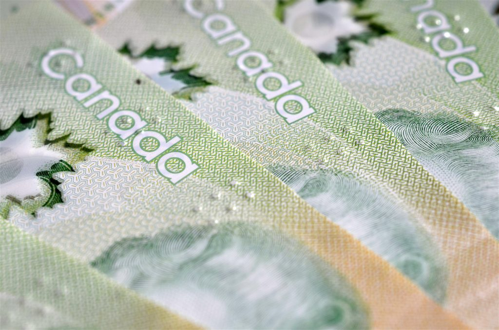 Four Simple Ways to Cope With Rising Canadian Currency | DIY Investor Resources