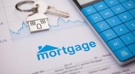 Mortgage deferrals at Canada's big banks pile up, association says